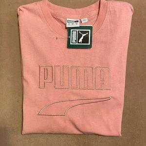 Women's puma tee shirt